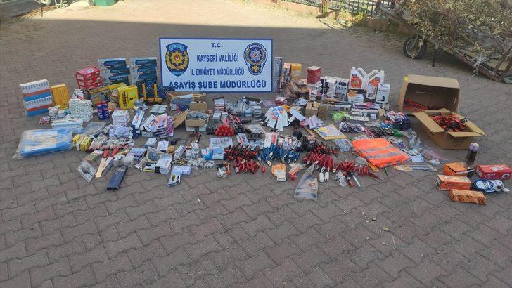 Kayseri'de çaldığı malzemeleri internetten satmaya çalışan zanlı yakalandı