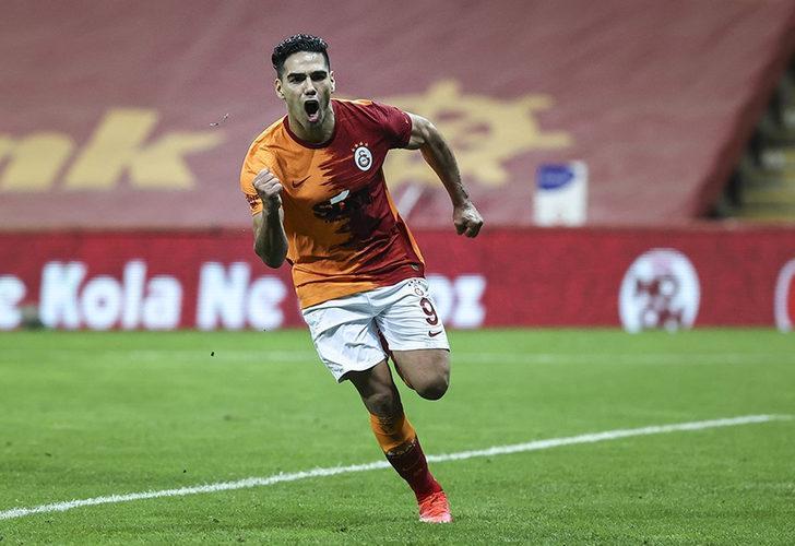 Süper Lig'de bomba patlıyor! Falcao ezeli rakibe gidiyor