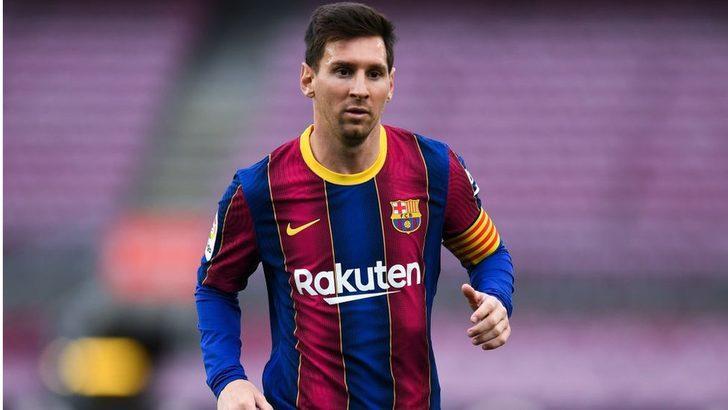 Barcelona, Messi ile yollarının ayrıldığını açıkladı