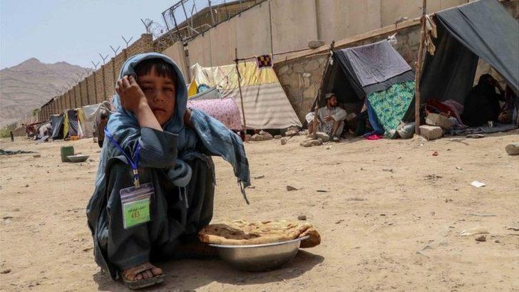 Afganistan: Uluslararası Kızılhaç Örgütü'nden 'yüz binlerce sivil tehdit altında' uyarısı