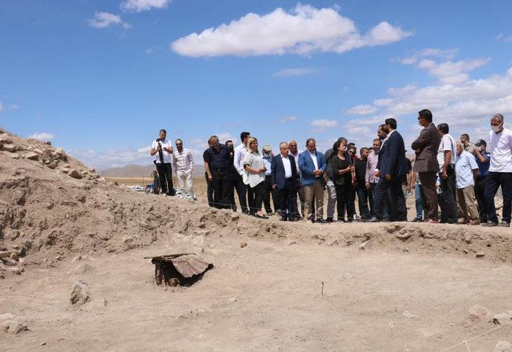 Yassıhöyük'te 3 bin 500 yıllık tarih! Heyecan yaratan açıklama: Lavazantiye şehrinin burada olduğuna inanıyorum