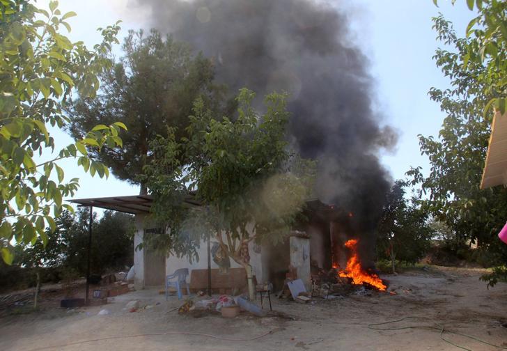 Ev yapımı salça yapmak isterken kapalı garajı yaktılar! Çıkan yangın paniğe neden oldu