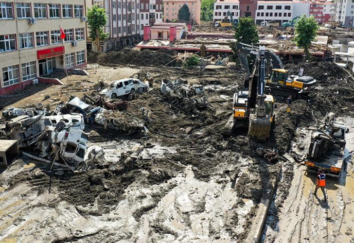 Son Dakika: Sel felaketinde can kaybı 77'ye yükseldi