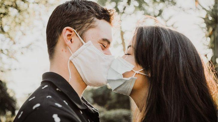 İnsanlar neden öpüşmeye başladı?