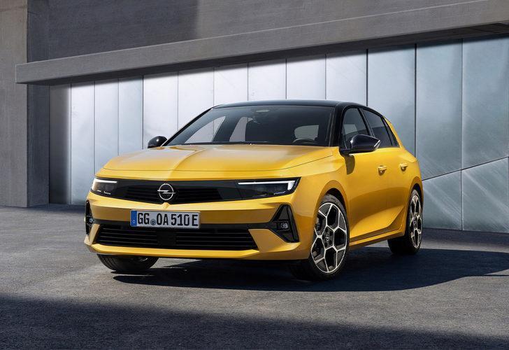Kompakt sınıfın en çok satan aracı Opel Astra 30 yaşında! İşte yenilenen yüzüyle Opel Astra 2021