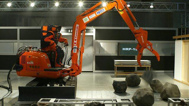 Robotlar inşaat sektöründe yaygın bir halde kullanılabilir