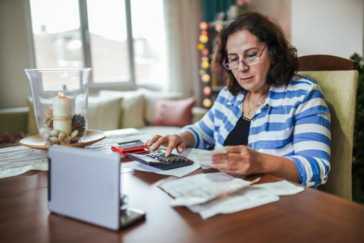 Kadınlara 6 yıl erken emeklilik imkanı! Tam 2160 gün ilave ediliyor