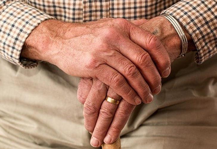 Çoğu vatandaş bu yardımdan habersiz! SGK yaşlılara 800 TL'nin üzerinde destek veriyor