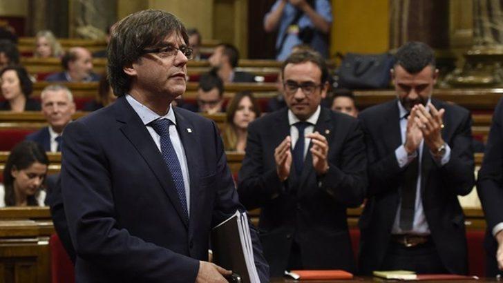 Katalonya'dan son dakika bağımsızlık açıklaması: Süreci askıya almalıyız