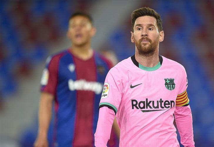 Riquelme: Messi, Barcelona'ya geri dönecek