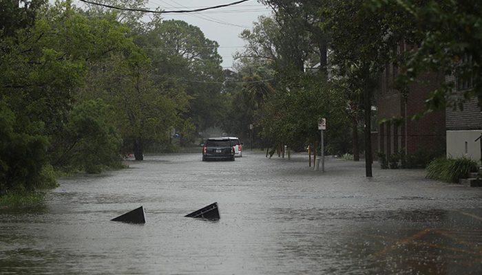 Ida Kasırgası Louisiana'da hayatı felç etti! Kuyruklar oluştu