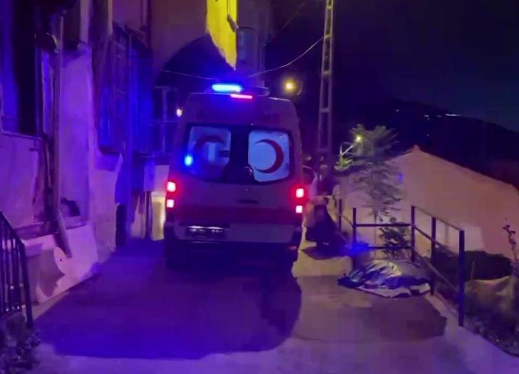 Hırsız evine girdiği adamı, kalbinden bıçaklayıp öldürdü