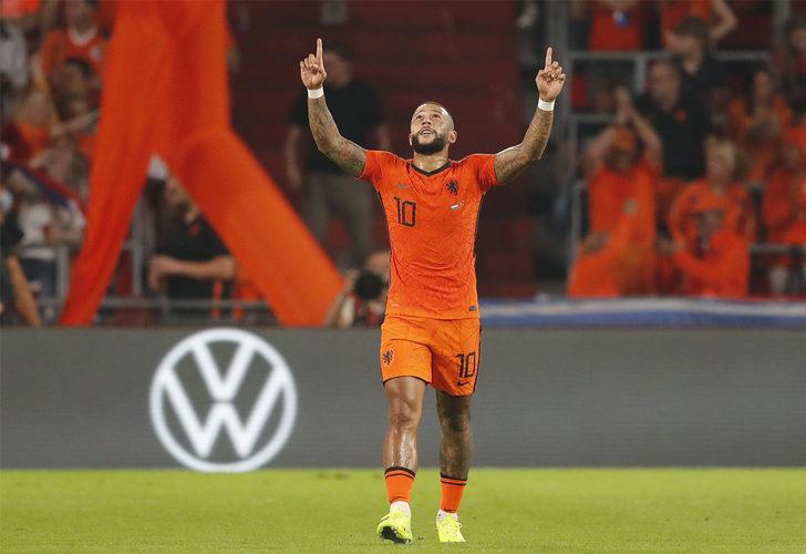Hollanda 4-0 Karadağ (Maç sonucu)