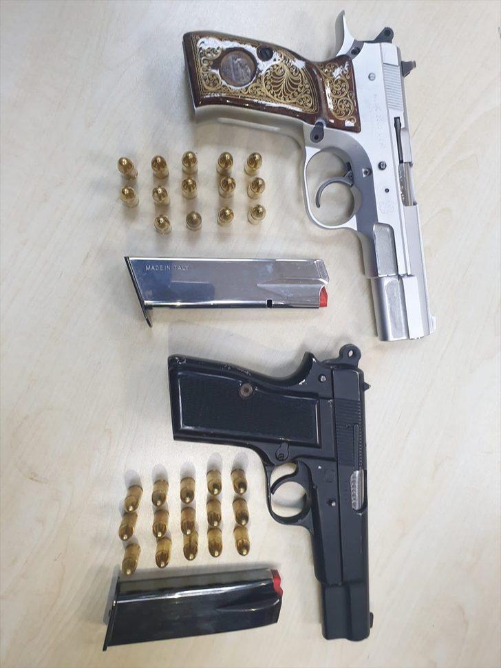Tekirdağ'da üzerinde ruhsatsız tabanca bulunan 9 kişi gözaltına alındı