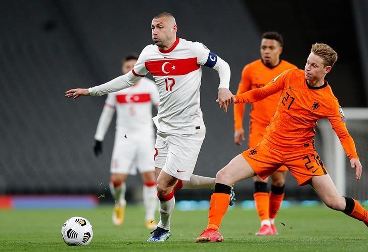 Hollanda Türkiye maçın geniş özeti ve golleri izle! TRT milli maç özetleri