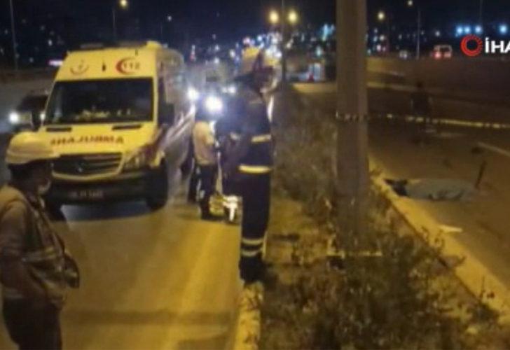 Kaza sonrası arkadan gelen araçları uyaran vatandaşa 2 otomobil çarptı!