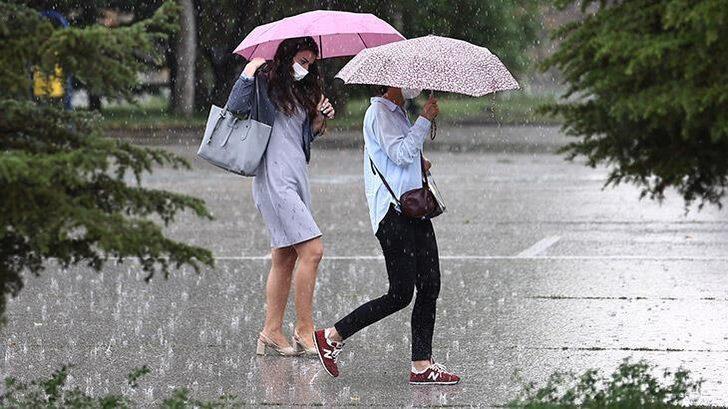 Yarına dikkat! Meteoroloji'den sağanak yağış uyarısı