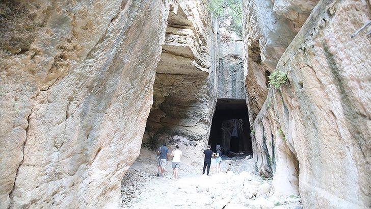 Bin esire yaptırılan Titus Tüneli'ne ziyaretçi akını! 8 ayda binlerce ziyaretçiyi ağırladı