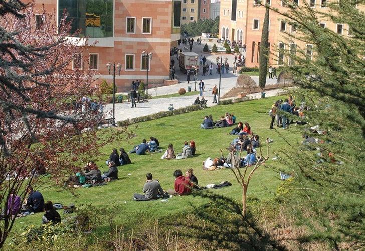 Bilim Kurulu Üyesi İlhan'dan üniversiteler için aşı çadırı önerisi