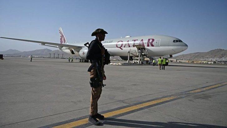 Afganistan'dan tahliye uçuşları Taliban'ın izniyle yeniden başladı
