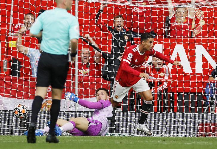 Ronaldo'dan, Manchester United'a efsane geri dönüş