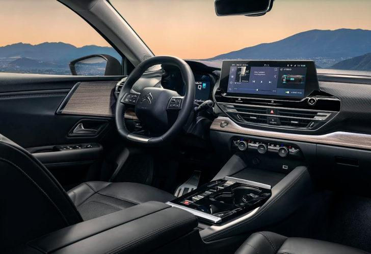 Yeni Citroen C5 X! Yeni tasarımı sedan, SUV ve SW detaylarıyla dikkat çekiyor