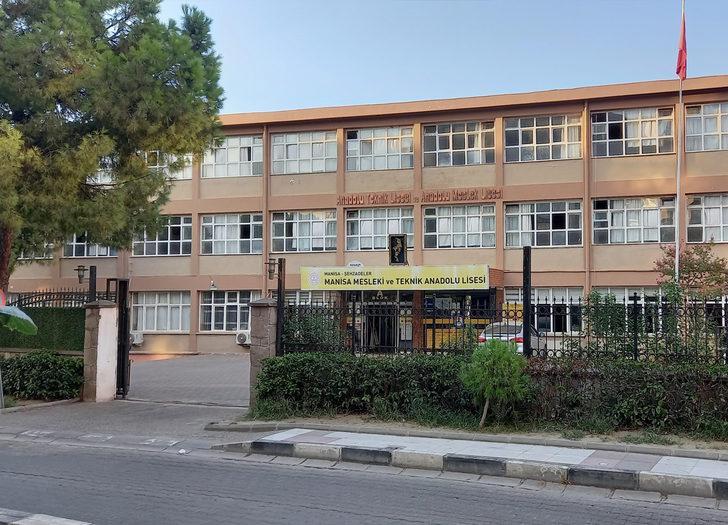 Okul yönetimi sağlık ekiplerine haber verdi! Tüm sınıf karantinaya alındı