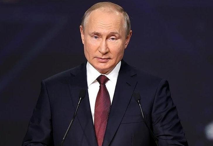 Son Dakika: Putin koronavirüs teması nedeniyle kendisini karantinaya aldı