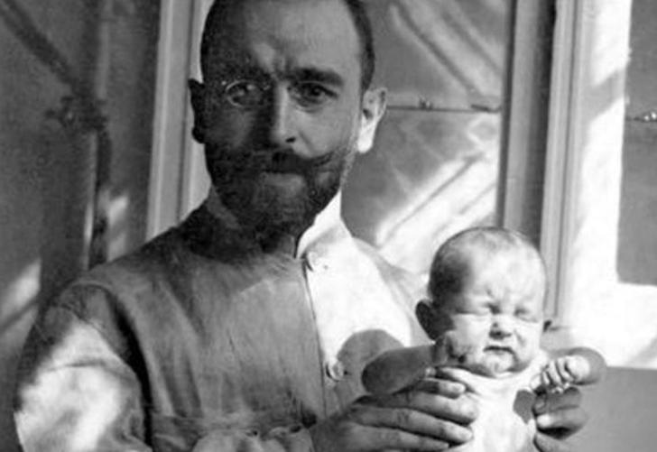 Sadece havuç çorbasıyla binlerce bebeğin hayatını kurtaran doktor: Ernst Moro