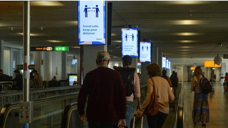 Covid: Hollanda, 25 Eylül'den itibaren sosyal mesafe uygulamasına son veriyor