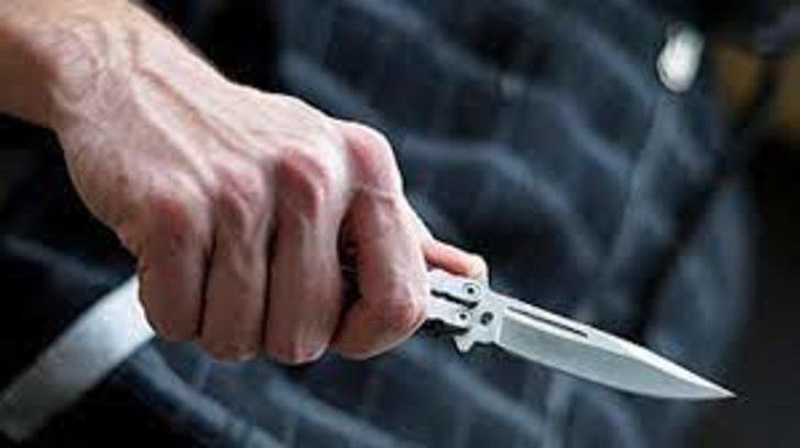 Lise öğrencisi bıçakla yaralandı