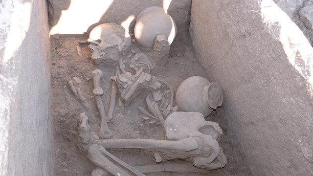 Bu mezar 5 bin yıllık! Böyle bulundular