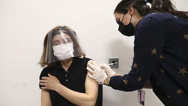 Koronavirüs aşısı yaptıranlara yeni aşı önerisi: Ayrıca yaptırın