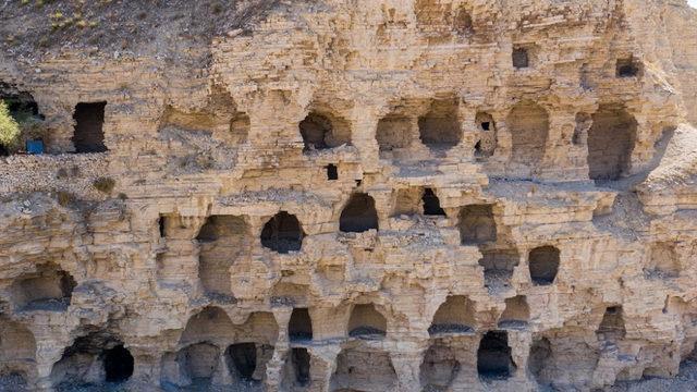Apartmana benzeyen gizemli mağara!