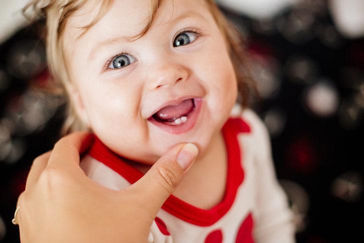 Bebeklerde diş bakımı nasıl olmalı?