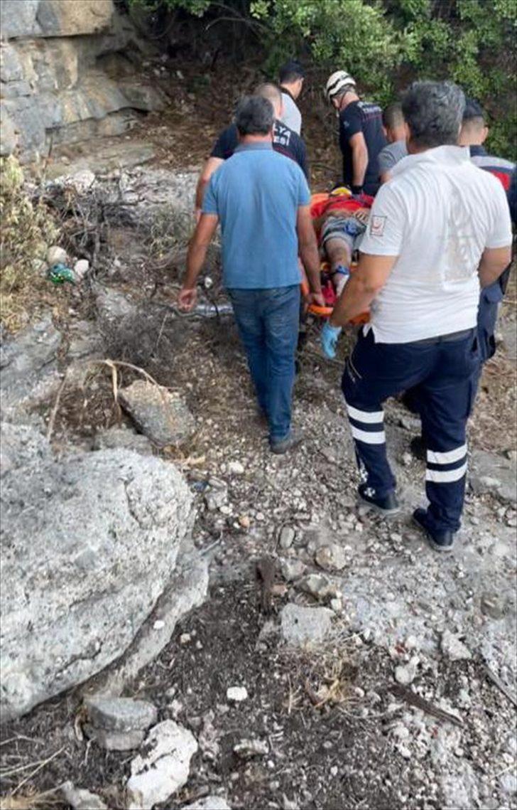 Gelin ve damadın fotoğrafını çekerken kayalıklardan düşen kişi kurtarıldı