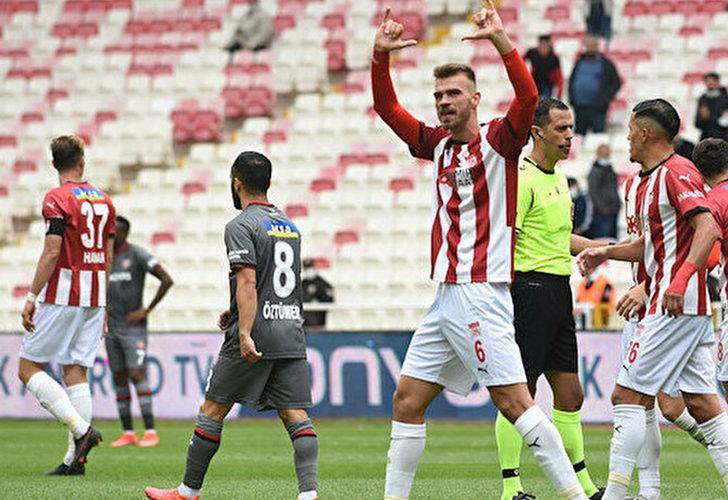 Sivasspor'da Dimitris Goutas herkesi şaşırtıyor