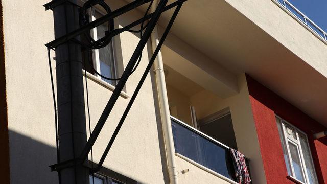 7 aylık hamile kadın 3. kattan düştü