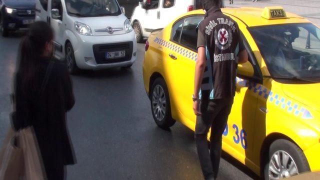 Taksim'de taksiciden ezber bozan bahane!
