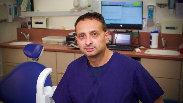 Dr. Meetal Patel, diş hekimlerinin Ulusal Sağlık Sistemi için çalışarak geçimesinin zorlaştığını söylüyor