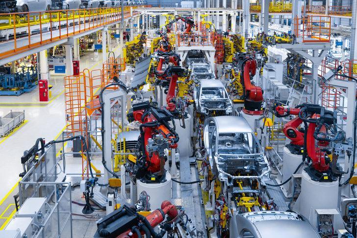 Japon devi çip tedarik sıkıntısıyla iki fabrikasında da üretime ara veriyor!