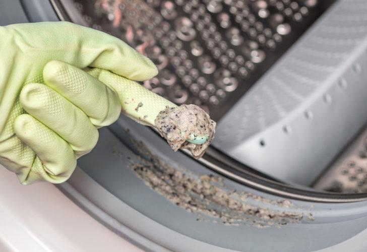 Çamaşırlarınız artık tertemiz kokacak! Çamaşır makinesi kokusundan kurtulmak için yapmanız gerekenler