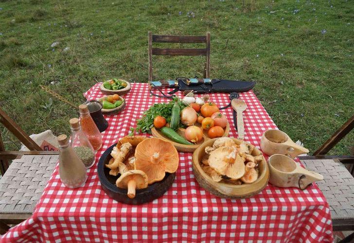 Ormanlık alandan topladıkları mantarı yiyen 5 kişilik aile zehirlendi