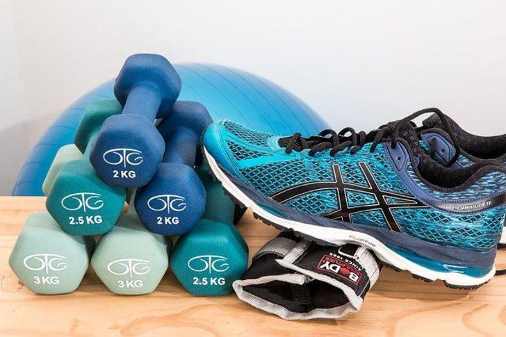 Evde etkili spor yapabilmek için mutlaka almanız gereken ürünler