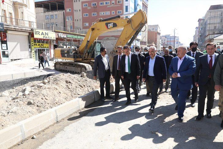 İçişleri Bakan Yardımcısı Mehmet Ersoy, Yüksekova'yı ziyaret etti