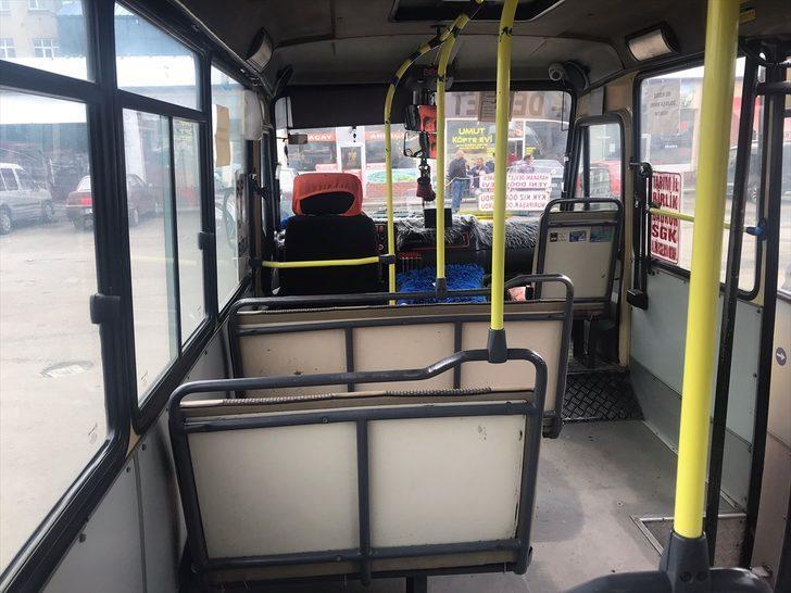 Maske takmadıkları için uyaran minibüs şoförünü bıçaklayan 4 kişi yakalandı