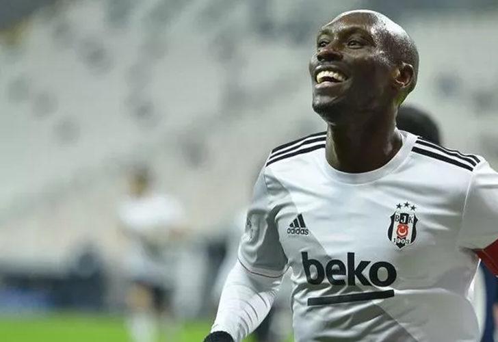 Beşiktaş'ta Atiba emekli oluyor