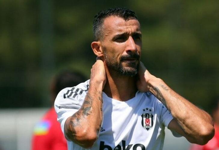 Beşiktaş'ta sadece Mehmet Topal kaldı