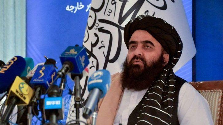 Afganistan'dan çekilme sonrası ABD heyeti ile Taliban ilk kez yüz yüze görüştü