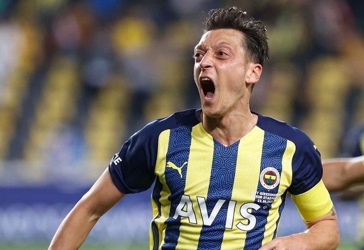 Mesut Özil'den flaş karar! Kripto parasını çıkarıyor